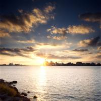 detroit-skyline-sun
